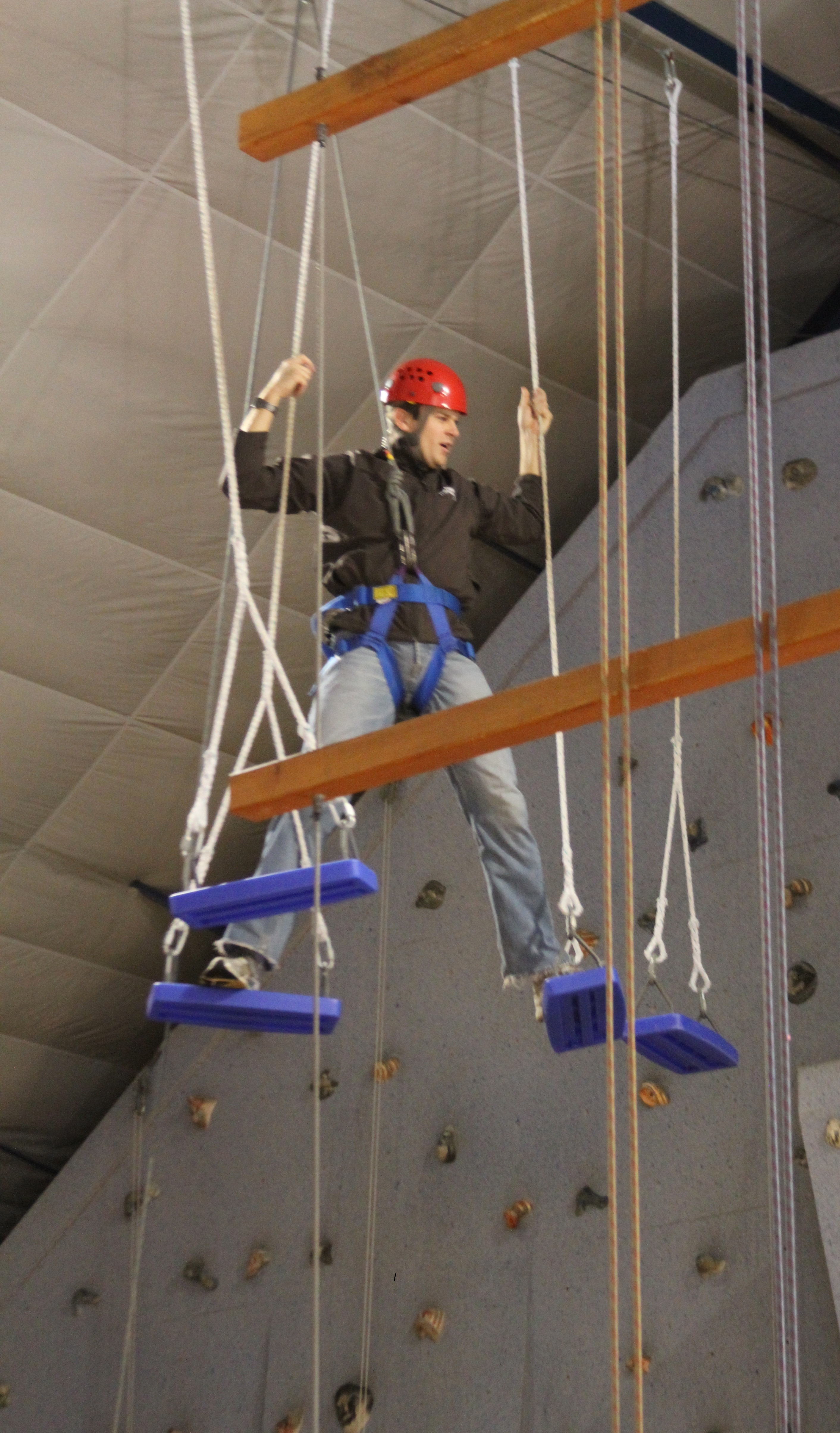 indoor challenge course near milwaukee